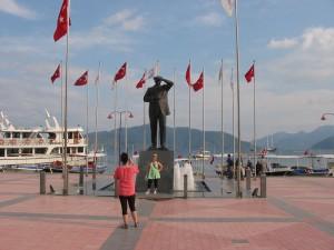 Ататюрк в Мармарисе