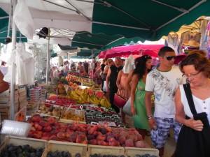 рынок в Сан-Тропе