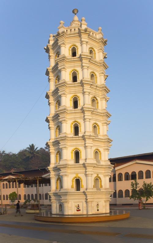 Храм Шри Мангуиши