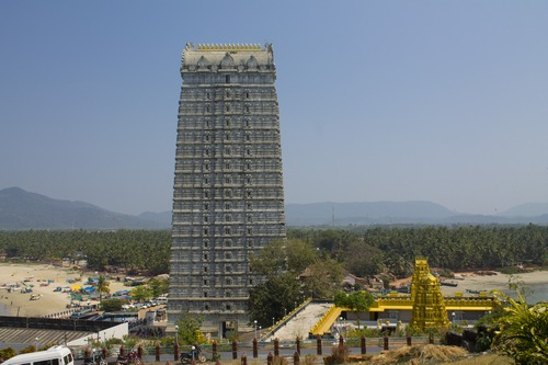 Башня Гопурам