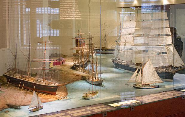 модели парусников в музее