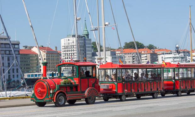туристический поезд в Бергене