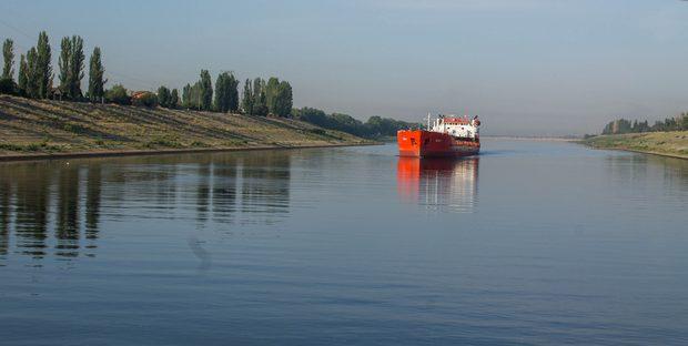 Подходной канал Волжского шлюза