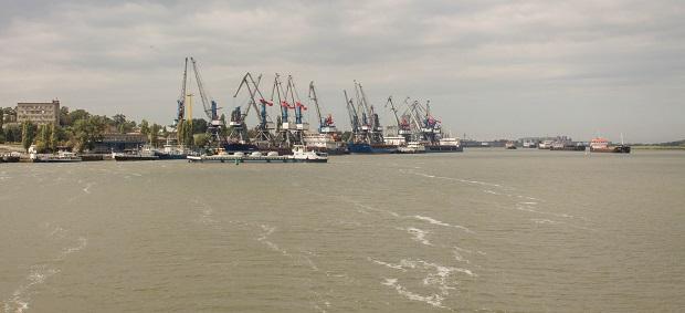 Причалы порта Азов
